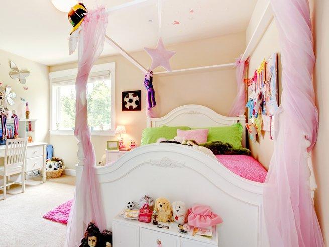 Как украсить детскую кроватку своими руками