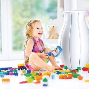 5 уловок, которые помогут ребёнку убрать игрушки