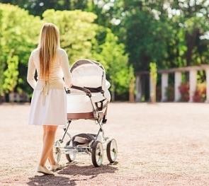 Росстат: россиянки стали рожать первого ребёнка на пять лет позже