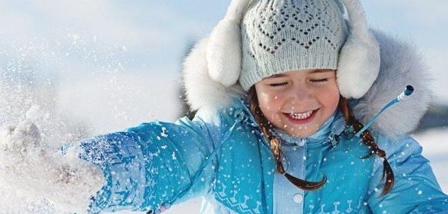 7 лучших игр для зимней прогулки с ребёнком