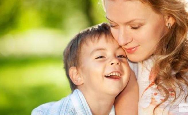 Чем доверительнее отношения с родителями, тем счастливее дети