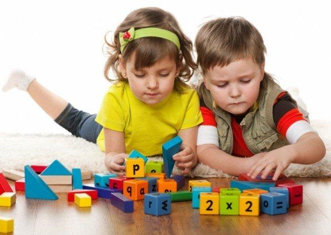 Дети-билингвы быстрее решают сложные задачи
