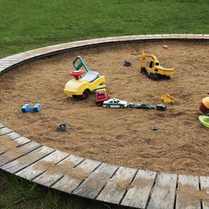 Врачи: Чем опасны детские песочницы