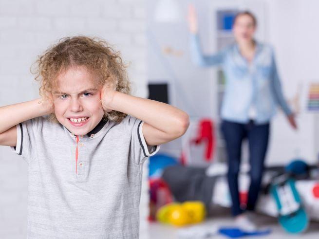 Кричать на ребенка 42