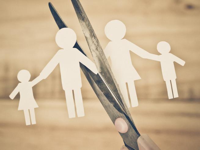 Депутаты: если родители спорят об опеке, детей нужно отдавать в другую семью