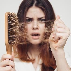 Выпадение волос после родов: советы эксперта