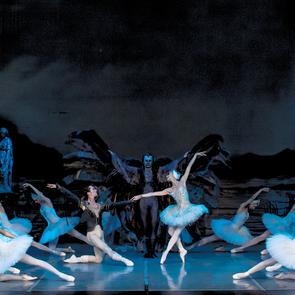 «Лебединое озеро» и «Щелкунчик» Театра классического балета  возвращаются на сцену Кремля