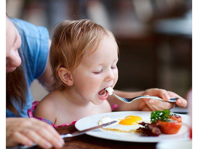 С какого возраста можно давать ребенку яйцо