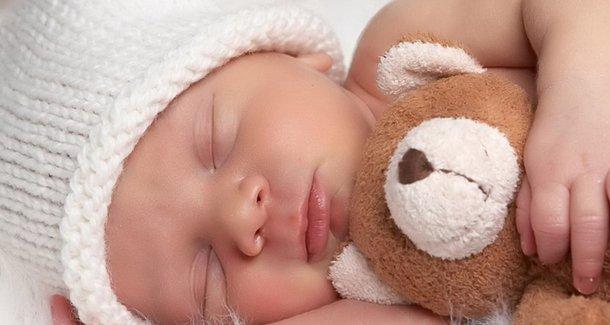 Сколько должен спать ребёнок в 3 месяца