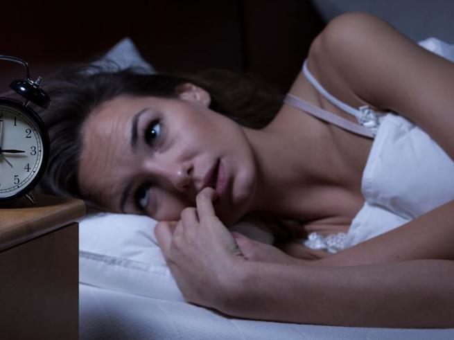 Чтобы победить бессонницу, нужно меньше спать