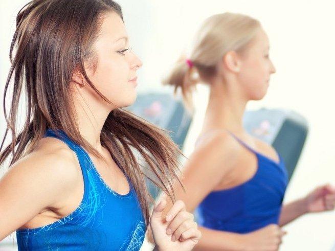 Можно ли заниматься спортом при кормлении грудью
