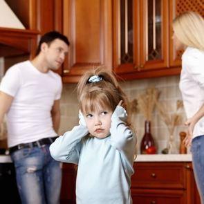 Развод родителей: 6 способов не навредить ребёнку