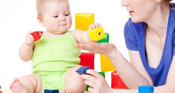 Игры и игрушки для детей 6 месяцев.