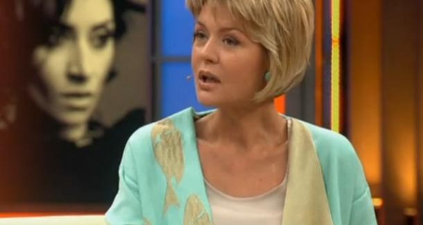 Юлию Меньшову попросили больше не появляться на публике без макияжа