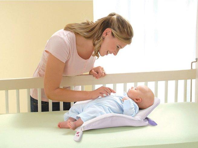 Какую выбрать подушку-позиционер для сна новорожденного ребенка