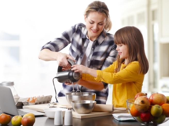 Современная техника, которая облегчит жизнь молодой маме