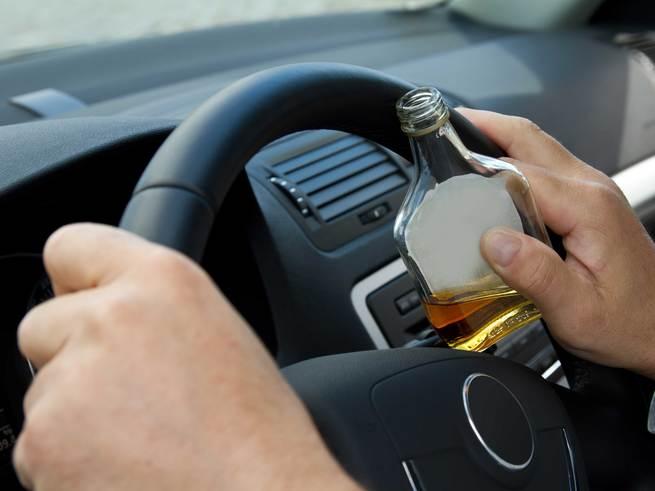 Подростки сдали пьяного отца дорожному патрулю