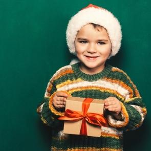 Топ-10 подарков на Новый год мальчику в 5 лет