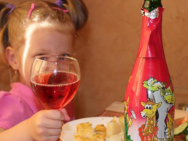 Депутаты хотят запретить детское шампанское