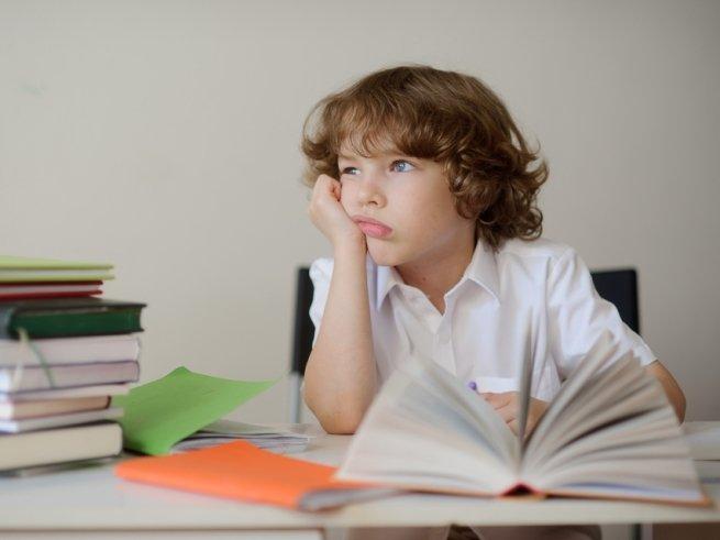 Плохие оценки ребёнка: ругать или нет?