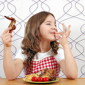 """""""Росконтроль"""" рассказал, какой курицей нельзя кормить детей"""