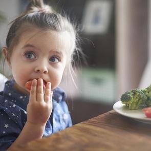 15 способов помочь ребенку лучше есть
