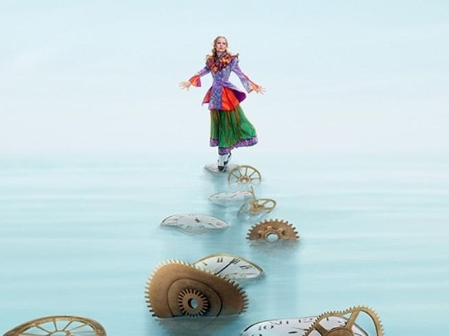 Герои «Алисы в Зазеркалье» отпразднуют 145-летие сказки спектаклем на льду