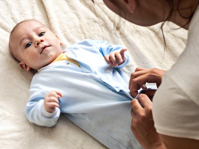 10 ошибок, которые делают мамы при одевании малышей