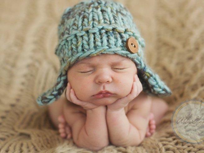 Вязание чепчиков для новорожденных