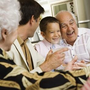 ФОТО: 10 необычных традиций воспитания со всего мира
