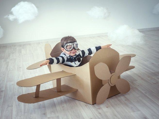 Ребёнок в самолёте: как не превратить полёт в кошмар?