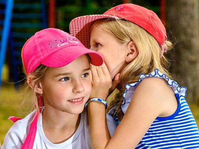 Даже пятилетние дети могут быть сплетниками