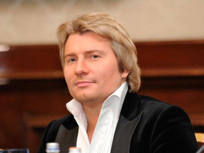 Басков подарил Валерии 25 килограммов обожания