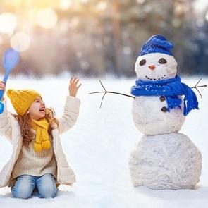 Идеи необычных снеговиков для креативных родителей