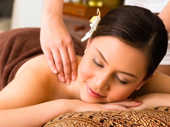 Тонкости эротического массажа