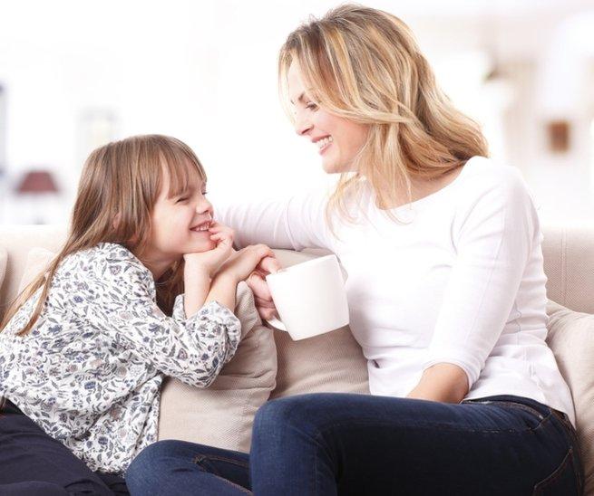 Без вопросов: 7 способов узнать, как дела у ребёнка