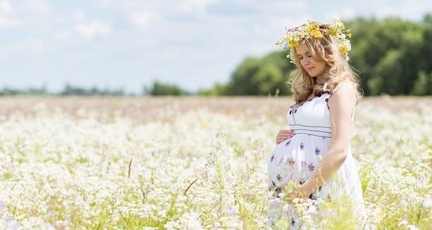 Роды летом: к чему нужно быть готовой маме