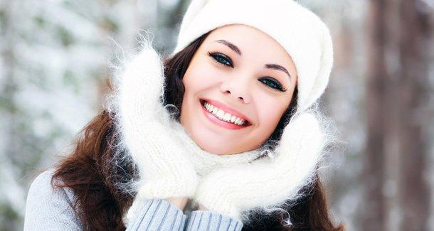 Как бархат: уход за кожей рук зимой