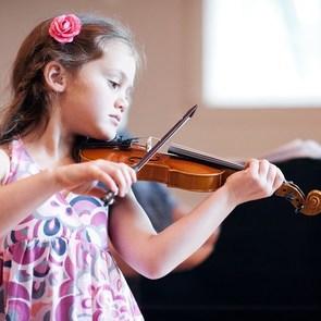 Музыка избавляет детей от психологических проблем