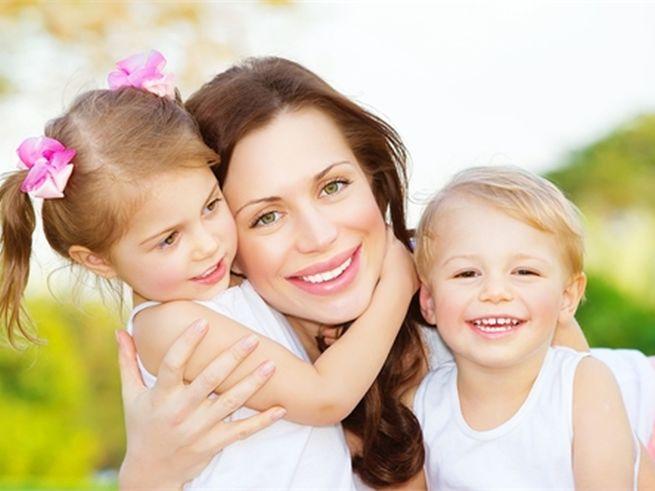Ко Дню матери наградят многодетные семьи