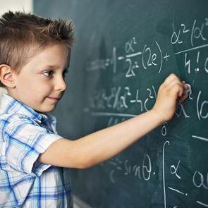 Как помочь ребенку с математикой, если сам ее не понимаешь: 5 простых шагов
