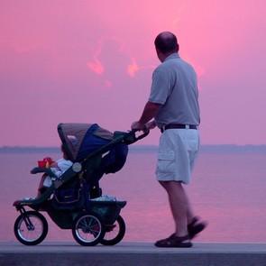 Ученые: чем старше отец, тем хуже здоровье ребенка