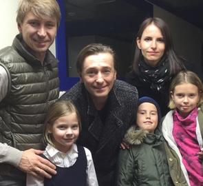 Сергей Безруков вывел в свет своих внебрачных детей