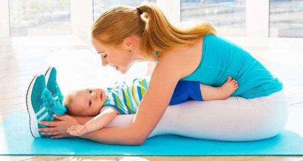 Йога для младенцев: полезные асаны для самых маленьких