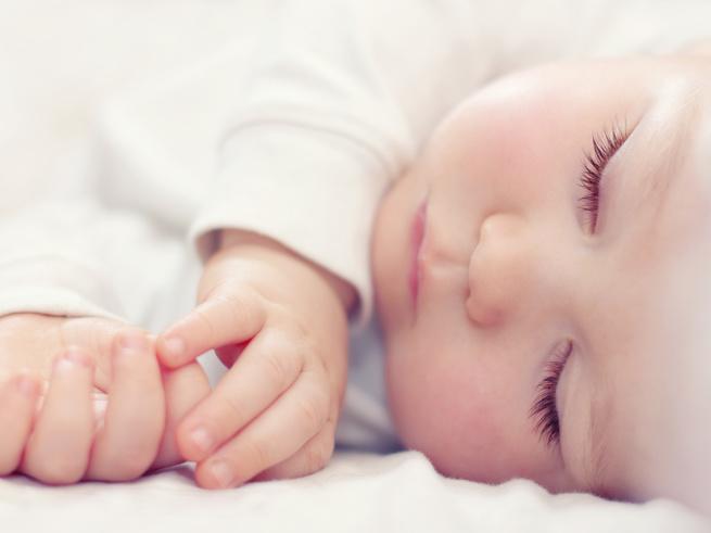 Синдром внезапной детской смерти имеет биохимическую природу