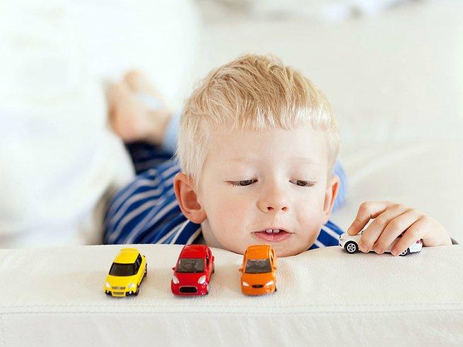 Как выбрать игрушку по возрасту: 6 проверенных советов