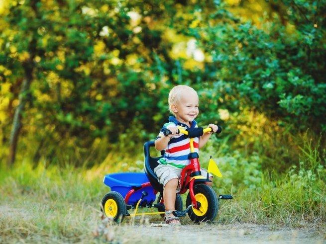 Беговел, самокат, велосипед: что выбрать