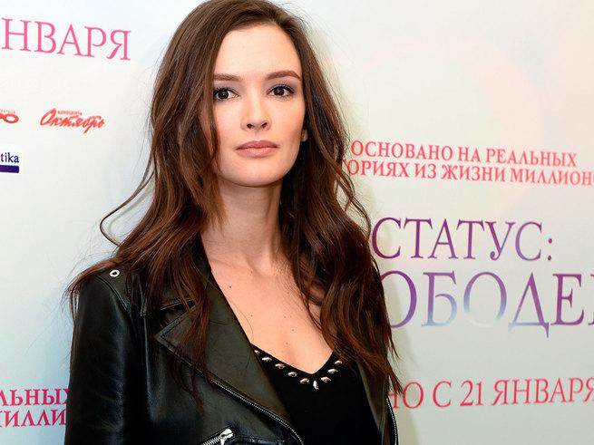 Паулина Андреева показала своё  фото в детстве