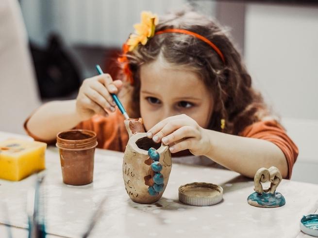 Детские сокровища: где хранить поделки малышей?