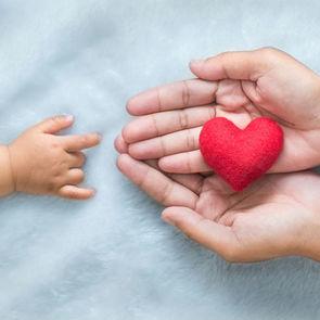 Благодаря процедуре ЭКО в Подмосковье родилось 1970 детей